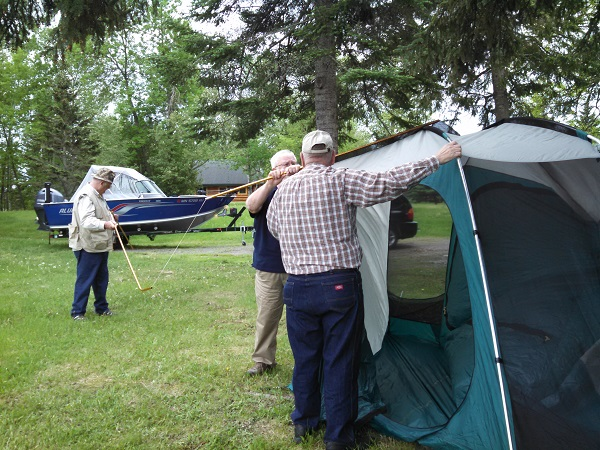 Takes 3 Auxiliarists to set up a tent