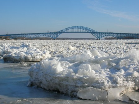 Ice Buildup on the Niagara River