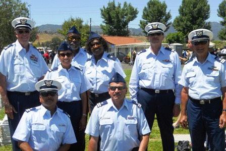 8 auxiliarists in uniform at Memorial Day event