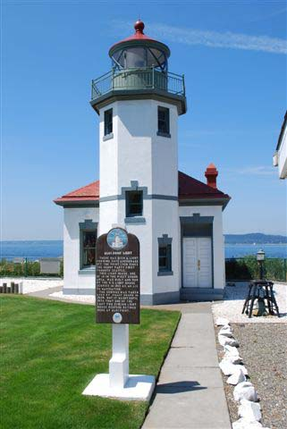 Alki Pt. Lighthouse, built 1913