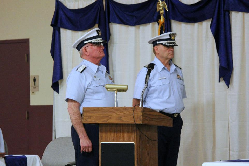 Division Commander Dave Hansen and District 13 Commodore Dean Wimer
